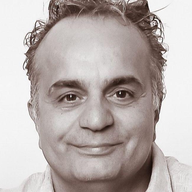 Toni Carlino